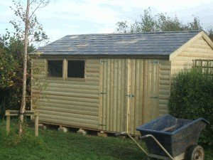 14x8-Barrel-board-shed-with-slate-roof-002-300x225