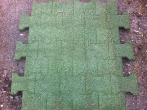 Interlocking-Cobble-Lock-Mats-in-Green-300x224