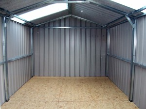 inside-19-x13-single-skin-shed-with-timber-floor-300x225