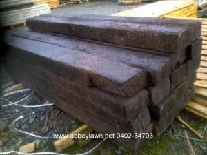 reclaimed-railway-sleepers-1-2-300x225