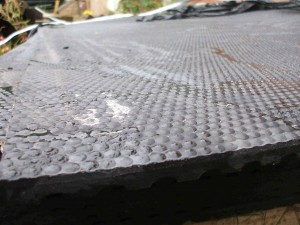 ruber-stable-mats-18-mm-300x225