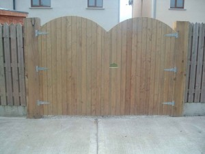 tgv-double-gates-300x225
