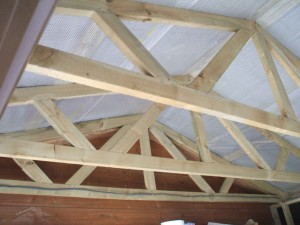 trusses-in-a-roof-stables-002-300x225