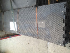 Toe-Space-mats-interlocking-Ends.1-300x225