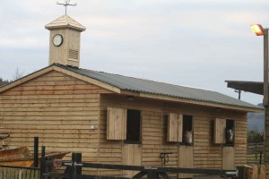 a-roof-stables-with-clock-tower-003-300x200