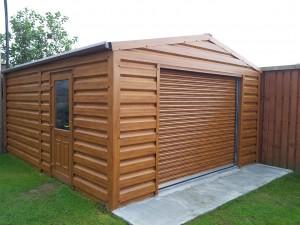 woodgrain-garage-with-roll-up-door1-300x225