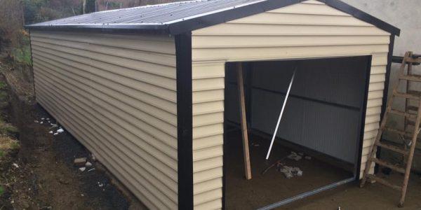 9x4 m insulated garage